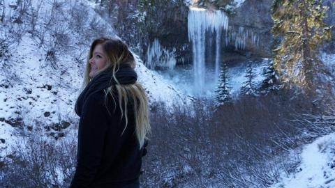 Tamanawas Falls Snow Hike