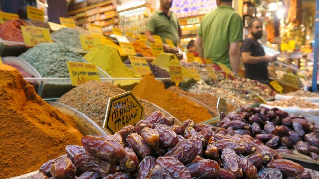 Istanbul_spice bazaar