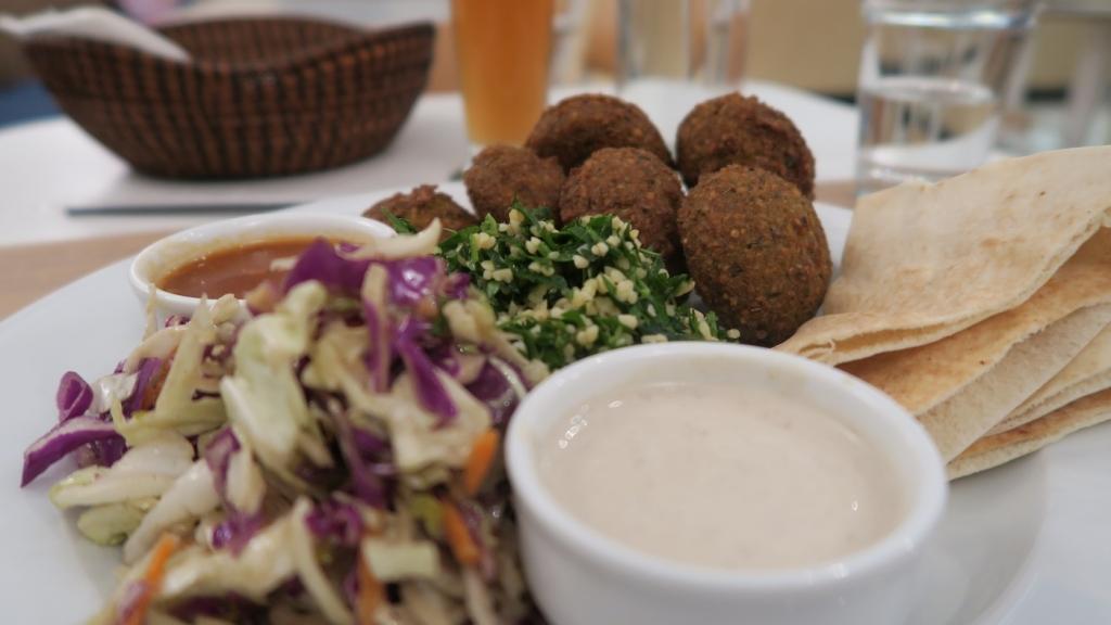 MamaTierra_best falafel