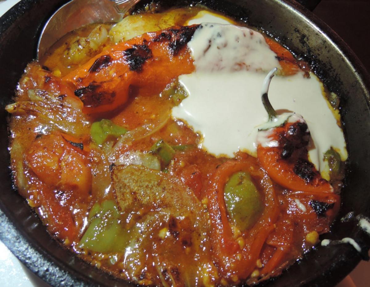 Zakaim Mushroom Shakshuka Shushka – stuffed sweet pepper & spicy tomato sauce w/ tahini