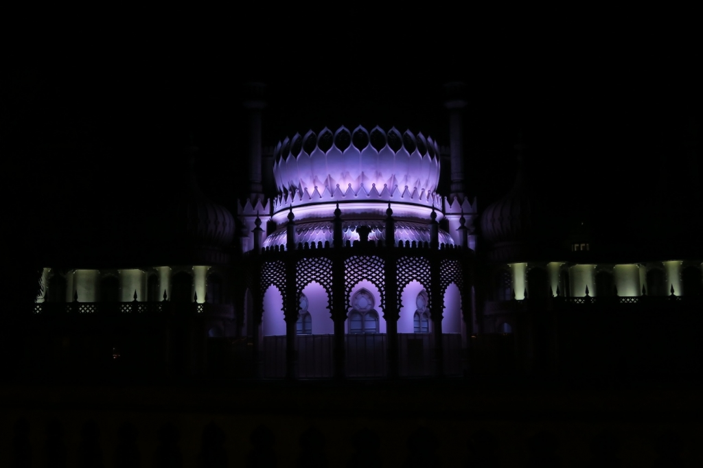 brighton-rayal-pavilion-night