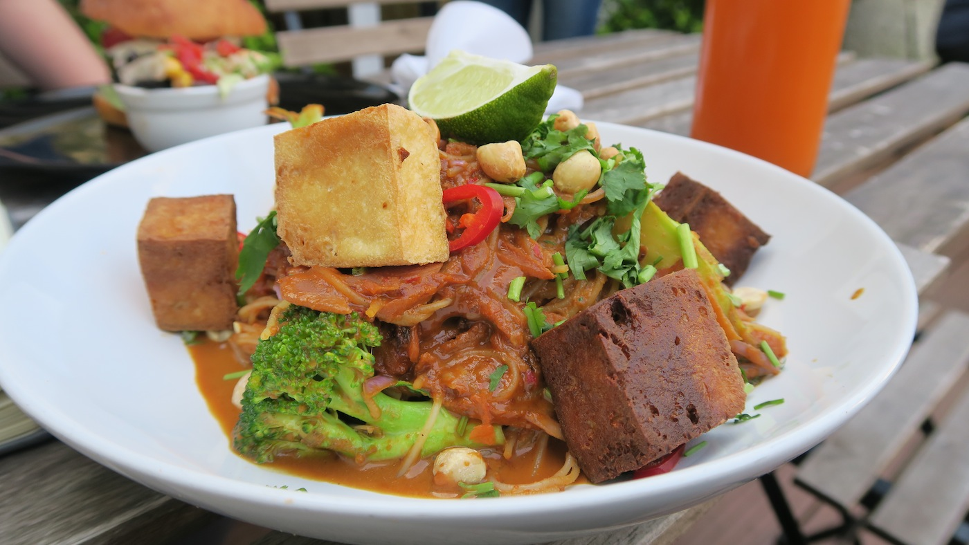 happy food pad thai dublin