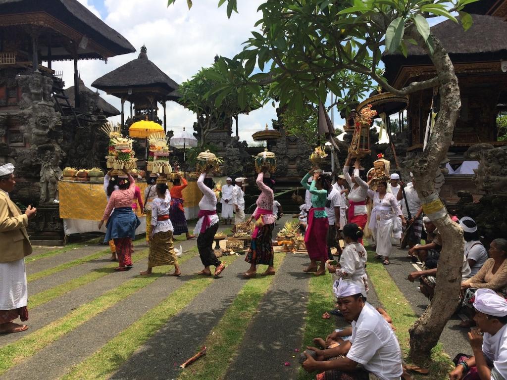 bali village temple