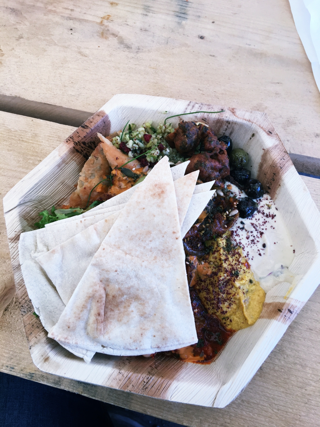 Best vegan food in manchester england vegantravel in may i flew from toulouse to manchester to be an au pair for the summer its here in manchester that i decided to make the switch from being a forumfinder Choice Image