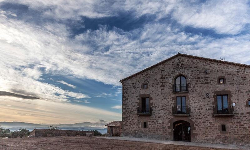 Casa-Albets-Fachada-con-nubes2