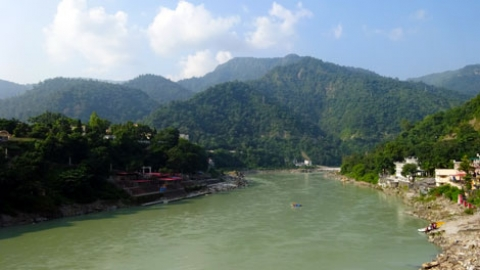 Top 5 places to eat vegan in Rishikesh, India