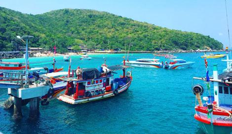 Tawaen beach, Ko Lan, Thailand