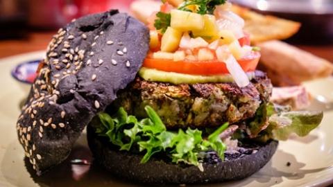 Eating vegan in bangkok